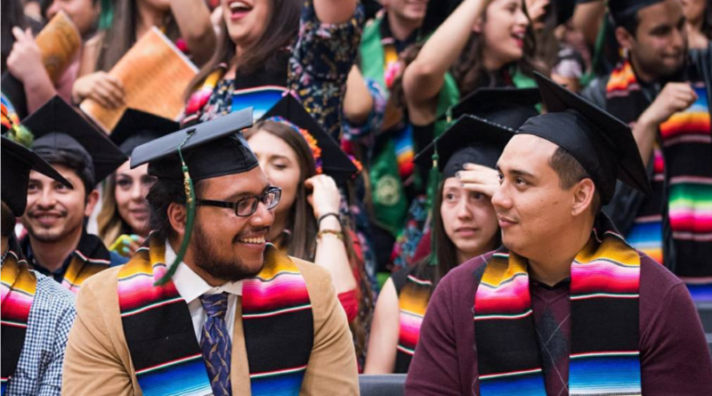 LCAE prepares for largest Graduación Latinx