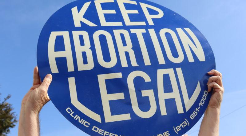 Texas restringe abortos, las leyes de California no cambian